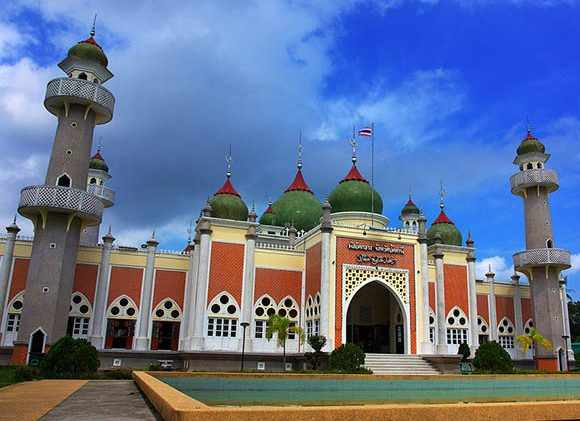 Track of faith at the National Mosque of Malaysia